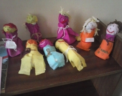 Χειροποίητες κούκλες