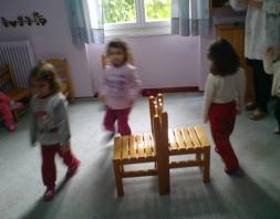 Μουσικές καρέκλες